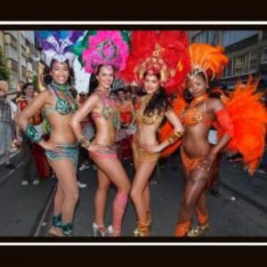 Braziliaanse Danseressen inzetten of boeken?