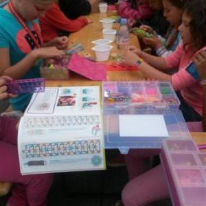 Elastieken Armbandjes maken workshop huren