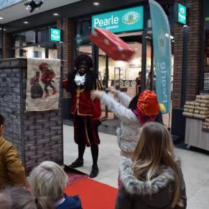 Schoorsteen Spel met Zwarte Piet boeken?