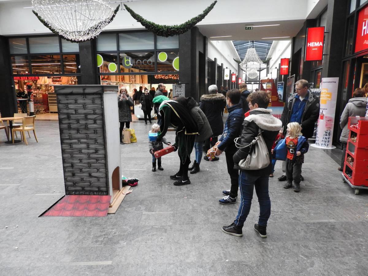 Welp Schoorsteen Spel boeken of huren? | Sinterklaasshow.nl AK-37