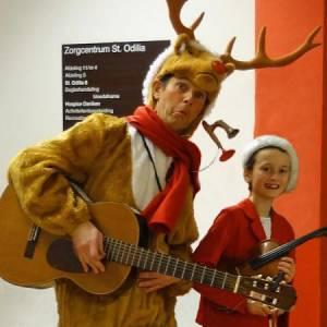 Muzikaal en Zingend Rendier Rudolf inhuren?