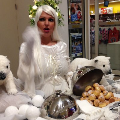 Foto van Walking Table - Winter Koningin | Sint en Kerst