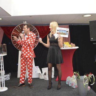Foto van Rad van de Liefde - Winkelcentrum Show | Attractiepret.nl
