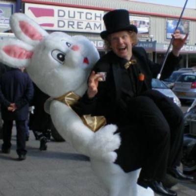 Foto van Het Goochelende Konijn | Goochelshows.nl