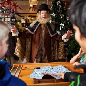 De Charles Dickens Goochelaar inzetten of boeken