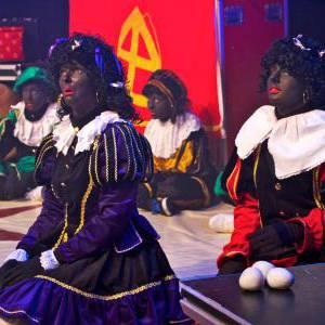 Foto van Sinterklaas en de Magische Circuspiet   SintenKerst