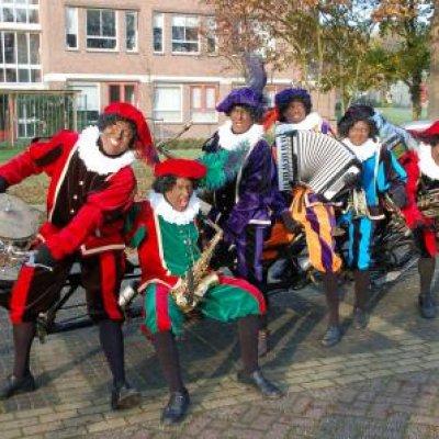Foto van Zwarte Pieten Fiets Orkest | Sint en Kerst