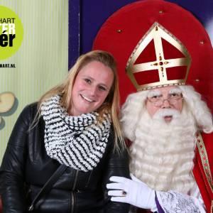 Op de foto met Sinterklaas huren