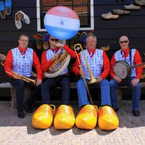 Swinging Dixieband - Delfts Blauw boeken of inhuren