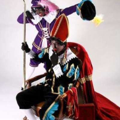 Foto van Pakjespiet en Liedjespiet - Het grote Sinterklaasfeest | Sinterklaasshow.nl
