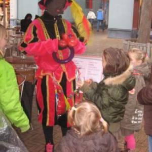 Ballonnen Piet boeken of inhuren