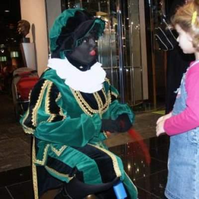 Ballonnen Zwarte Piet inhuren