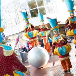 De Circus Parade boeken