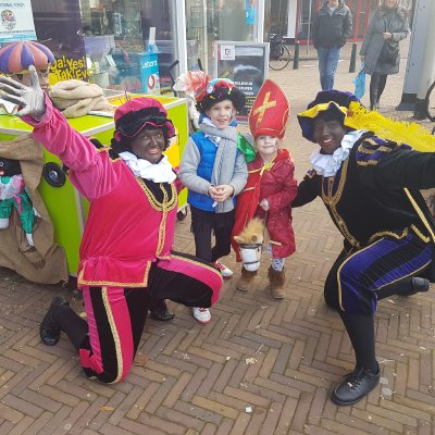 Fotoalbum van Sinterklaas Surprise Car | Kindershows.nl