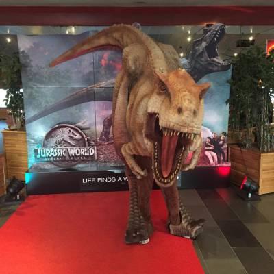 Huur een echte Dinosaurus