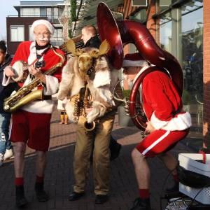 De Nieuwe Kerstmannen - Kerstmannen Fanfare inhuren?