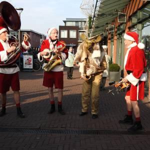 De Nieuwe Kerstmannen - Kerstmannen Fanfare inzetten?