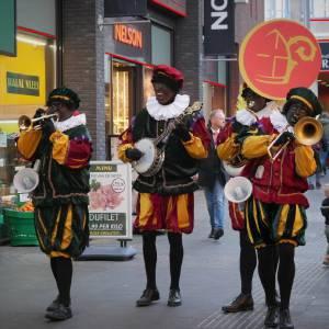 Swinging Dixieband - Zwarte Pieten inzetten?
