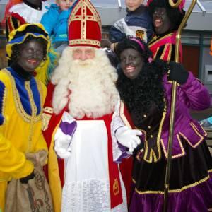 Bezoek Sinterklaas - Sinterklaas en 4 Zwarte Pieten boeken?