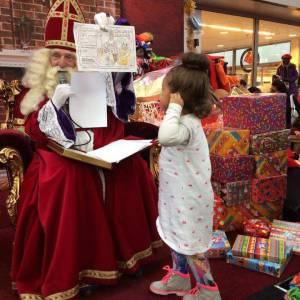 Sinterklaas en 4 Zwarte Pieten inhuren?