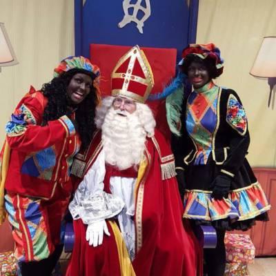 Foto van Bezoek Sinterklaas - Sinterklaas en 6 Zwarte Pieten | Sinterklaasshow.nl