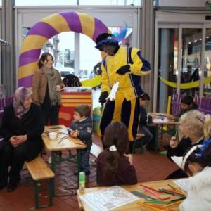 Kids Workshop - Zwarte Pieten Baretten maken inzetten of boeken?