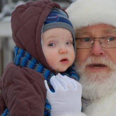 Inzetten van Rondlopende Kerstman met Kerstkransjes