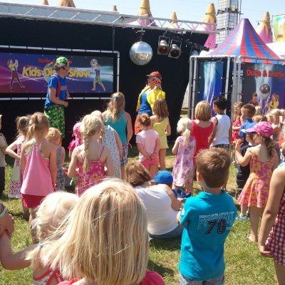 Fotoalbum van Kids Disco Show met Dotje en Snotje | Kindershows.nl