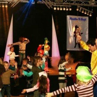 Foto van Maarten en Empi - Bewegen op Muziek | Kindershows.nl