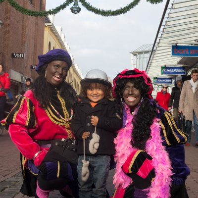 De Style Pieten van Sinterklaas inhuren?