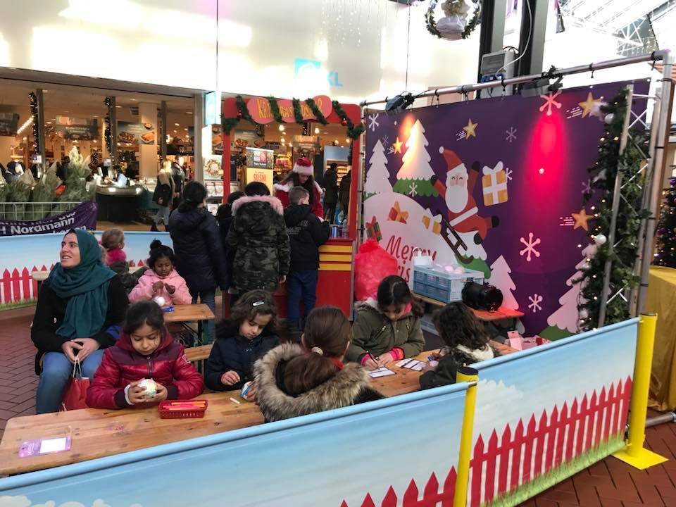 Kerstballen terras inhuren of boeken - Terras versieren ...