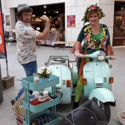 Foto van Lente Meisjes - Uitdeelactie | Attractiepret.nl
