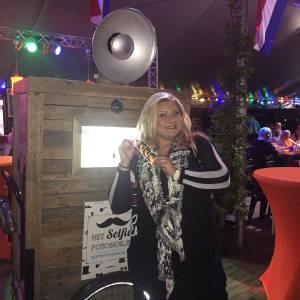 Hollandse Selfie Bakfiets tijdens Hollandse Bingo Show