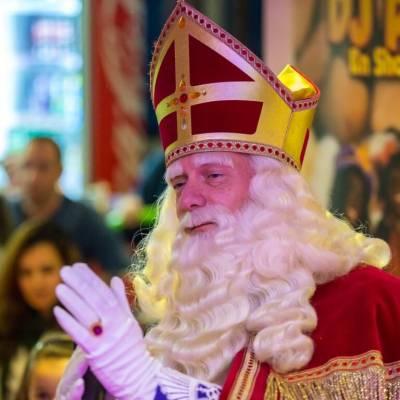 Fotoalbum van DJ Piet en Show - Theatershow | Sinterklaasshow.nl