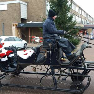 Rondrijdende Arrenslee - met Kerstman boeken of inhuren?