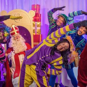 Dansen tijdens DJ Piet en Show
