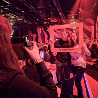 Foto van Instax Party Crew - Dé nieuwe polaroid | Attractiepret.nl
