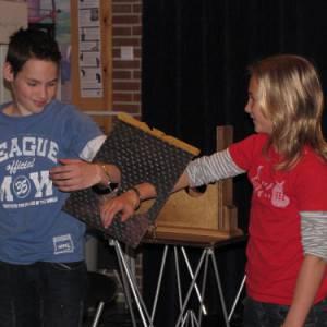 Kids Magic & Illusions kindershow boeken of inhuren?
