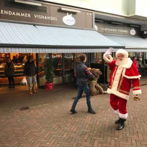 De Kerstman met Rudolph boeken of inhuren?