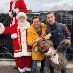 De Kerstman met Rudolph inzetten of boeken?
