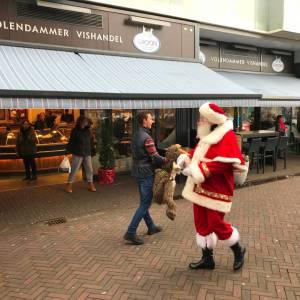 Kerstman met Rudolph inhuren?