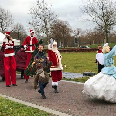 Foto van De Kerstman met Rudolph | Artiestenbureau SintenKerst.nl