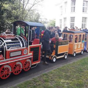 De Elektrische Kindertrein met Locomotief inhuren