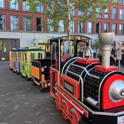 Elektrische Kindertrein met Locomotief