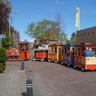 Fotoalbum van Elektrische Kindertrein met Locomotief | Attractiepret.nl