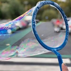 Bubbels en Bellen - Bellenblaas workshop huren of boeken
