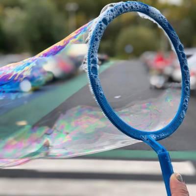 Fotoalbum van Bubbels en Bellen - Bellenblaas workshop | Attractiepret.nl