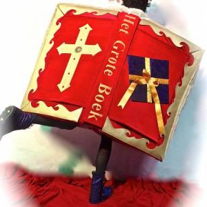 Wandelend Sinterklaasboek met Muzikale Piet inhuren?