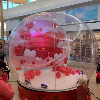 The Love Globe inhuren?