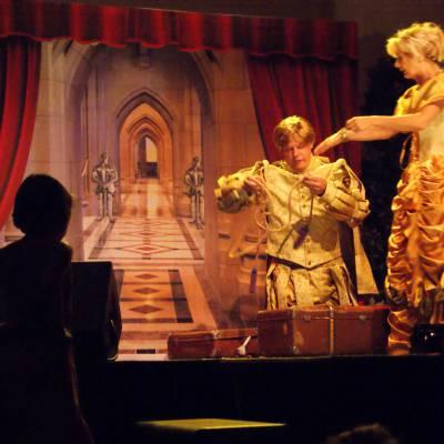 Foto van Meeleeftheater - Verkikkerd Op Jou | Kindershows.nl